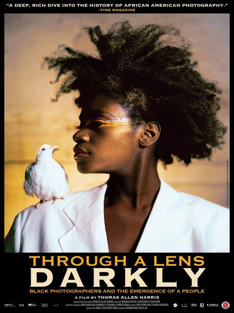 Câmera Escura: Os fotógrafos negros e a emergência de uma raça  (2014)